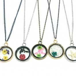 Types of living necklaces (204)
